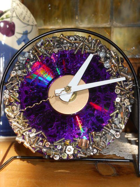 Screwy Clock